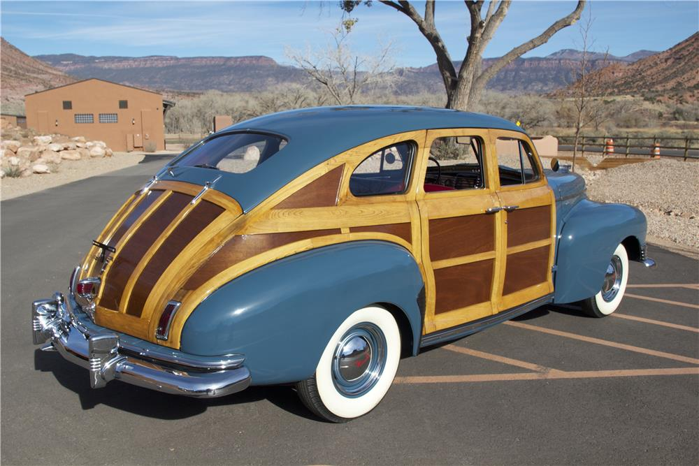 1947 NASH AMBASSADOR CUSTOM 4 DOOR SEDAN - Rear 3/4 - 181369
