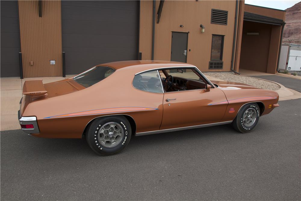 1971 PONTIAC GTO JUDGE 2 DOOR HARDTOP - Rear 3/4 - 181372