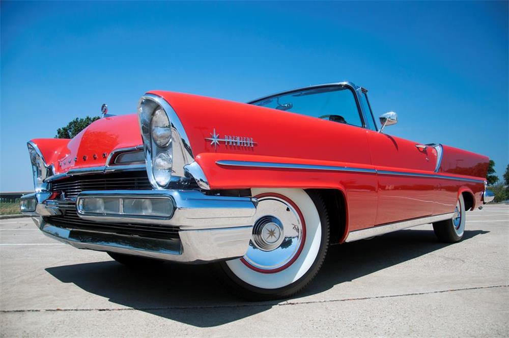 1957 LINCOLN PREMIERE CONVERTIBLE - Front 3/4 - 181378