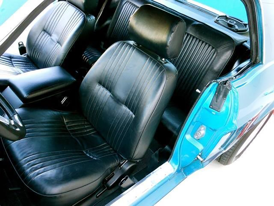 1968 FORD MUSTANG CUSTOM COUPE - Interior - 181389