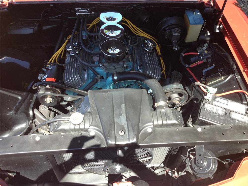 1960 PONTIAC BONNEVILLE CONVERTIBLE - Engine - 181423