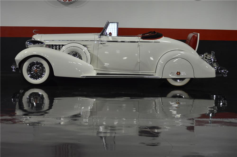 1934 CADILLAC CUSTOM CONVERTIBLE - Side Profile - 181447