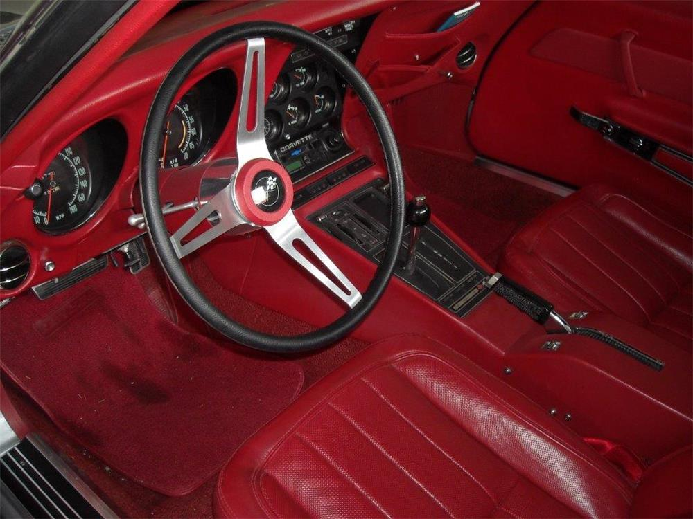 1969 CHEVROLET CORVETTE CONVERTIBLE - Interior - 181454