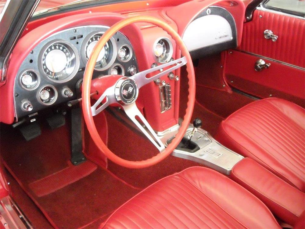 1963 CHEVROLET CORVETTE CONVERTIBLE - Interior - 181476