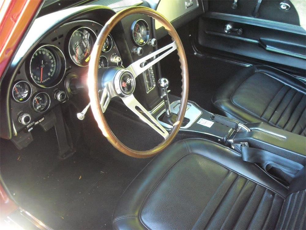 1967 CHEVROLET CORVETTE - Interior - 181483