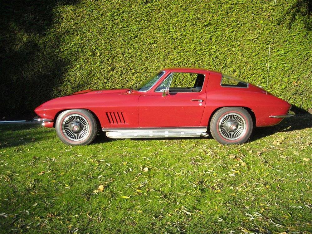 1967 CHEVROLET CORVETTE - Side Profile - 181483