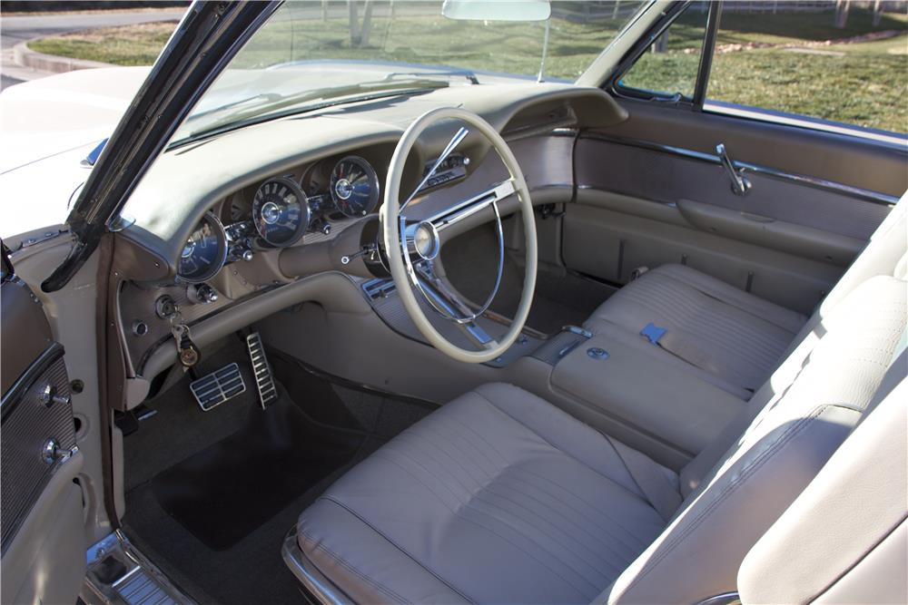 1963 FORD THUNDERBIRD SPORTS ROADSTER - Interior - 181502