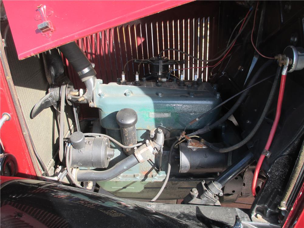 1932 FORD ONE-TON PICKUP - Engine - 181505