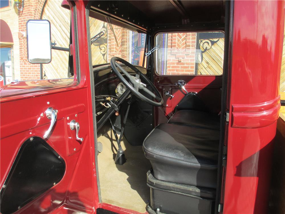 1932 FORD ONE-TON PICKUP - Interior - 181505