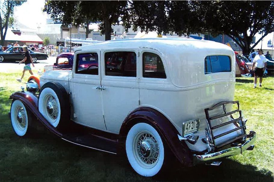 1932 PACKARD CUSTOM 4 DOOR SEDAN - Rear 3/4 - 181521