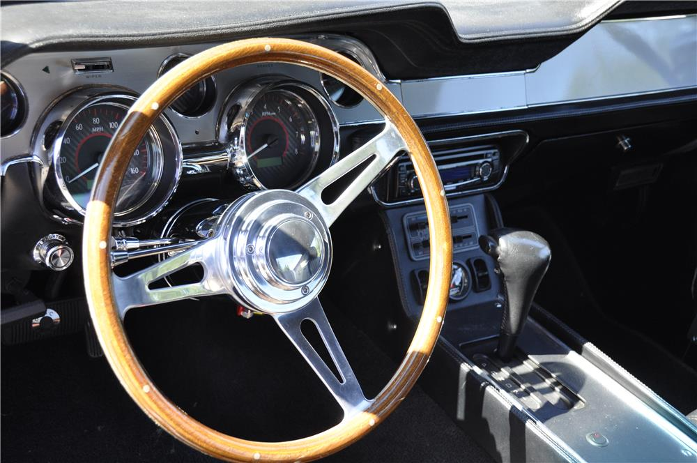 1967 FORD MUSTANG CUSTOM FASTBACK - Interior - 181567