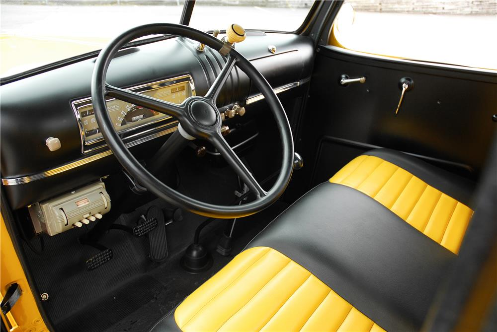 1946 CHEVROLET 3100 DP 1/2 TON PICKUP - Interior - 181580