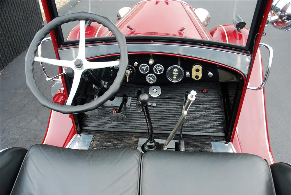 1930 AHRENS FOX MODEL V FIRE TRUCK - Interior - 181591