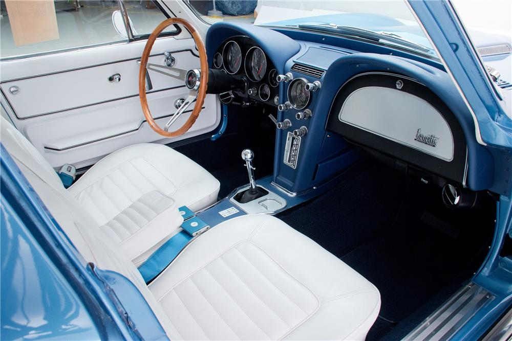 1966 CHEVROLET CORVETTE - Interior - 181622
