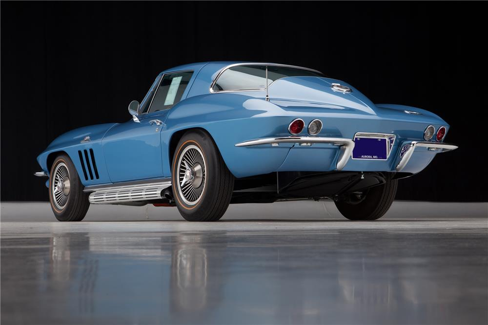 1966 CHEVROLET CORVETTE - Rear 3/4 - 181622