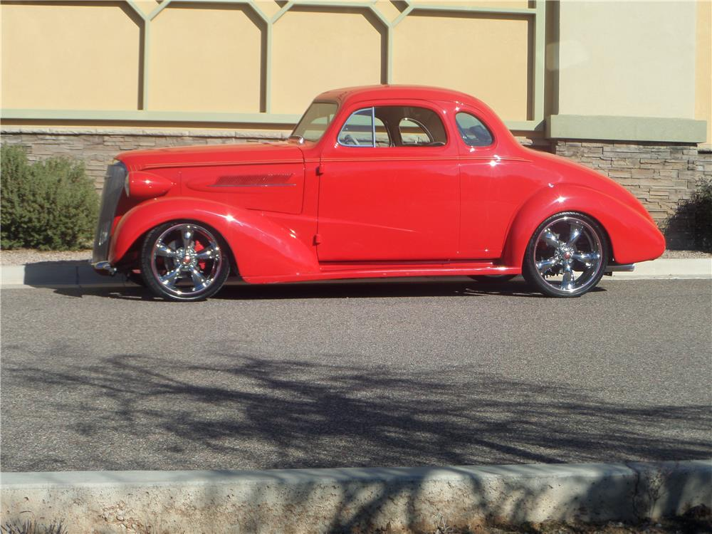 1937 CHEVROLET MASTER CUSTOM 2 DOOR COUPE - Side Profile - 181626