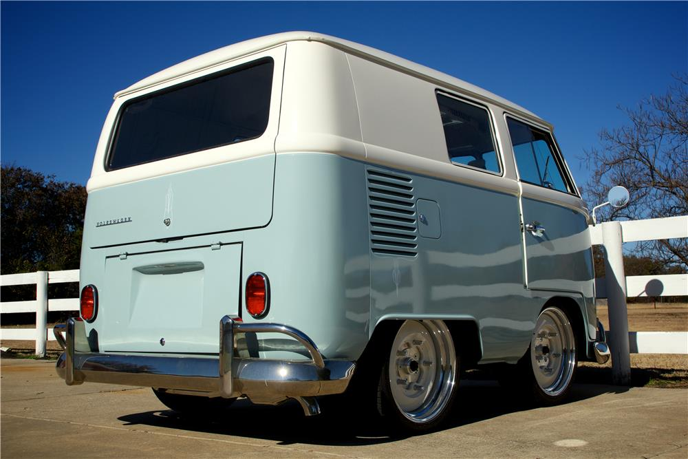 1966 VOLKSWAGEN VAN CUSTOM SHORTY BUS - Rear 3/4 - 181627