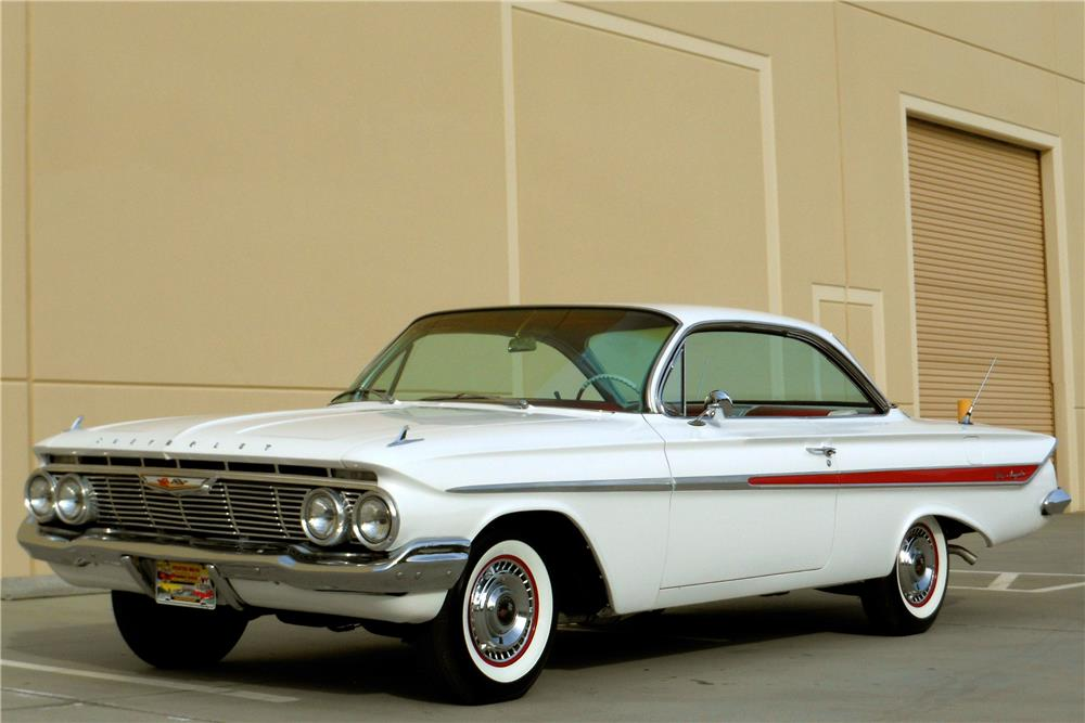 1961 CHEVROLET IMPALA SS CUSTOM BUBBLETOP - Front 3/4 - 181645