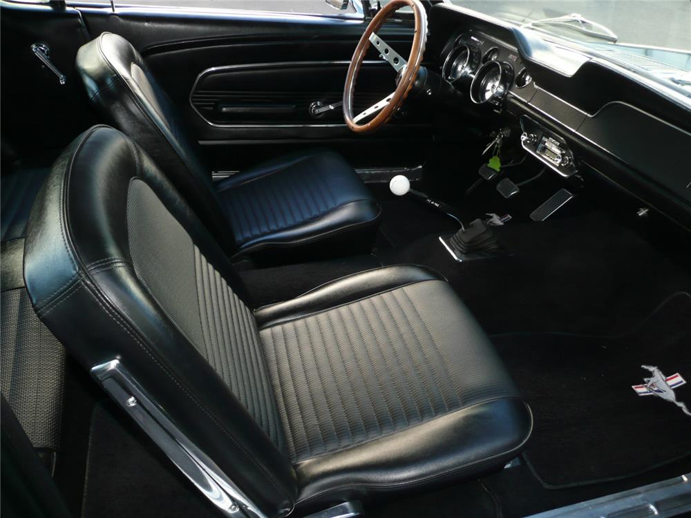 1968 FORD MUSTANG CUSTOM FASTBACK - Interior - 181648