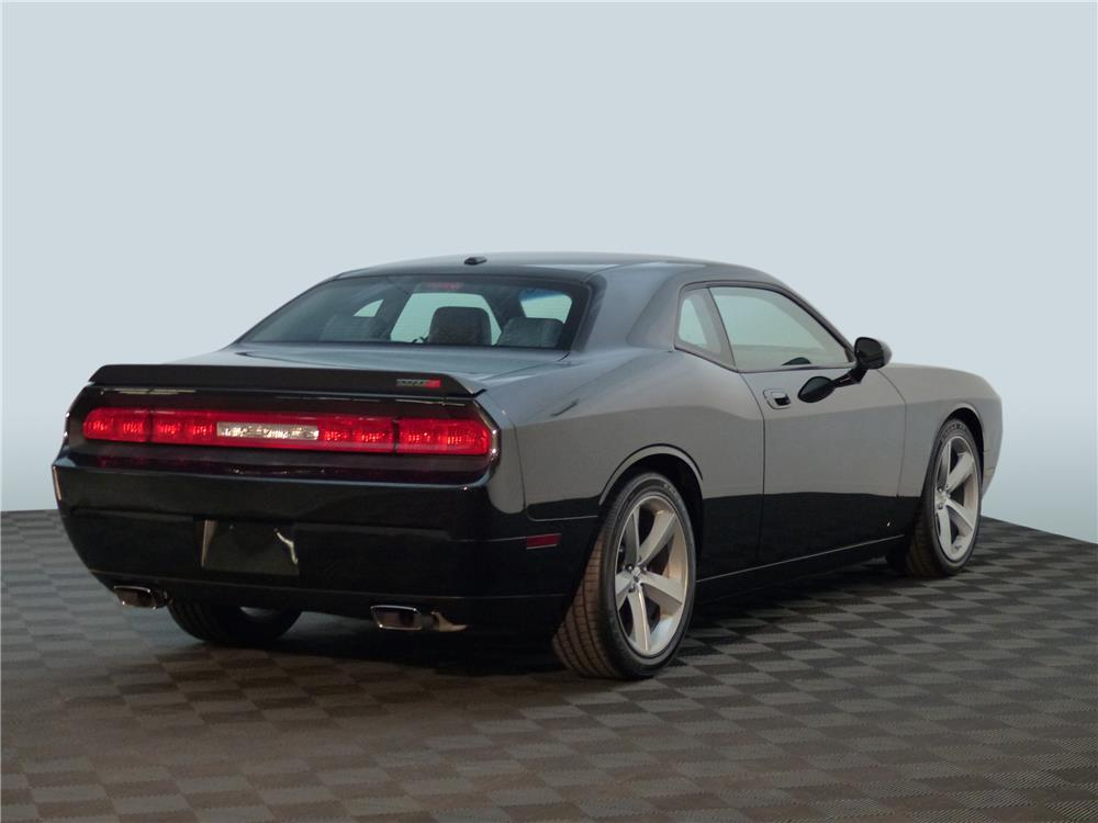 2008 DODGE CHALLENGER SRT8 - Rear 3/4 - 181680
