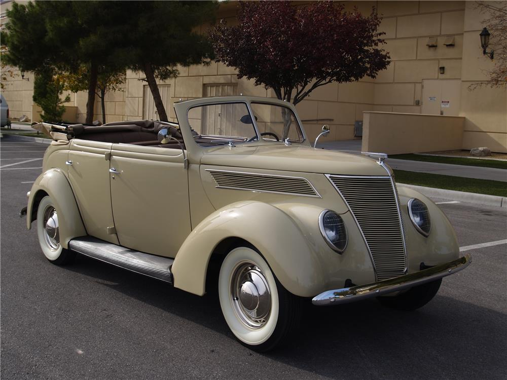 1937 FORD DELUXE 4 DOOR CONVERTIBLE - Front 3/4 - 181725