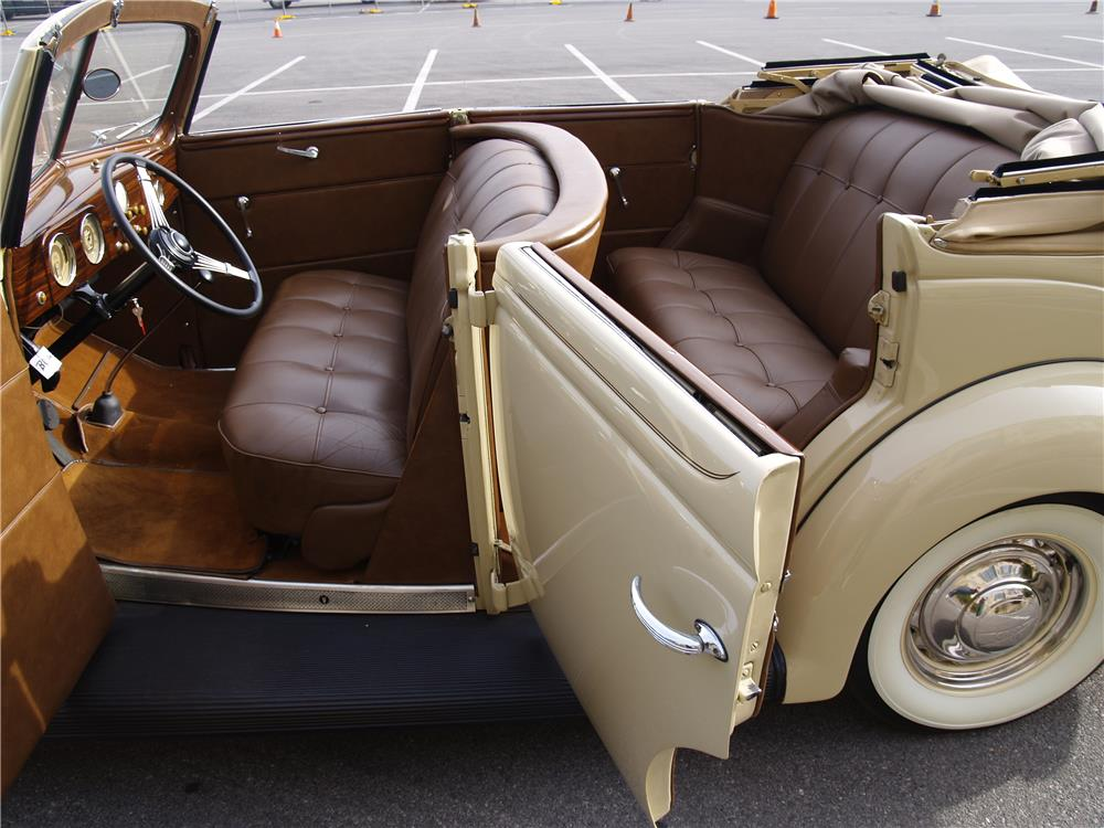 1937 FORD DELUXE 4 DOOR CONVERTIBLE - Interior - 181725
