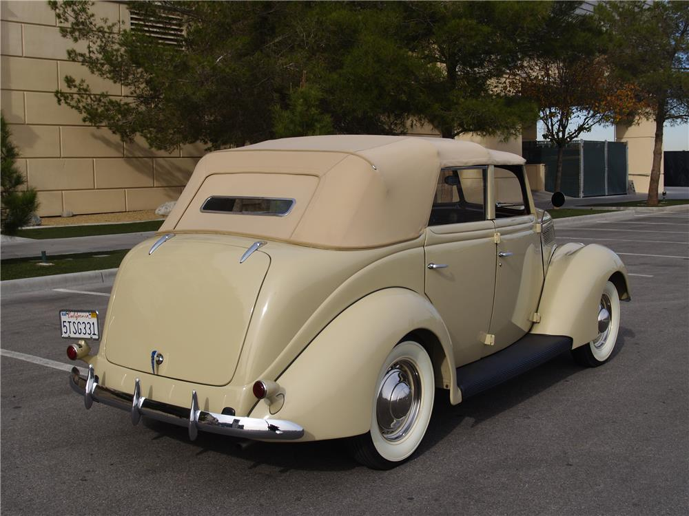 1937 FORD DELUXE 4 DOOR CONVERTIBLE - Rear 3/4 - 181725
