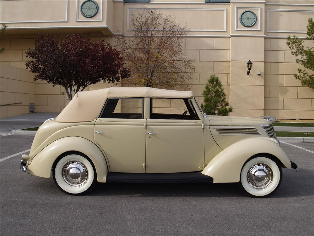 1937 FORD DELUXE 4 DOOR CONVERTIBLE - Side Profile - 181725