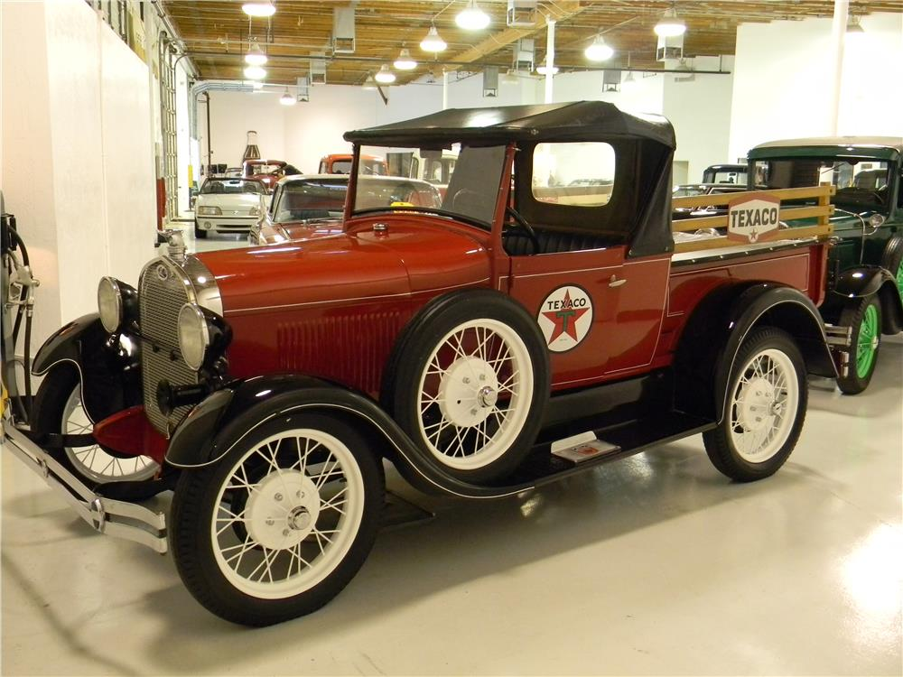 1929 FORD MODEL A ROADSTER PICKUP - Front 3/4 - 181735