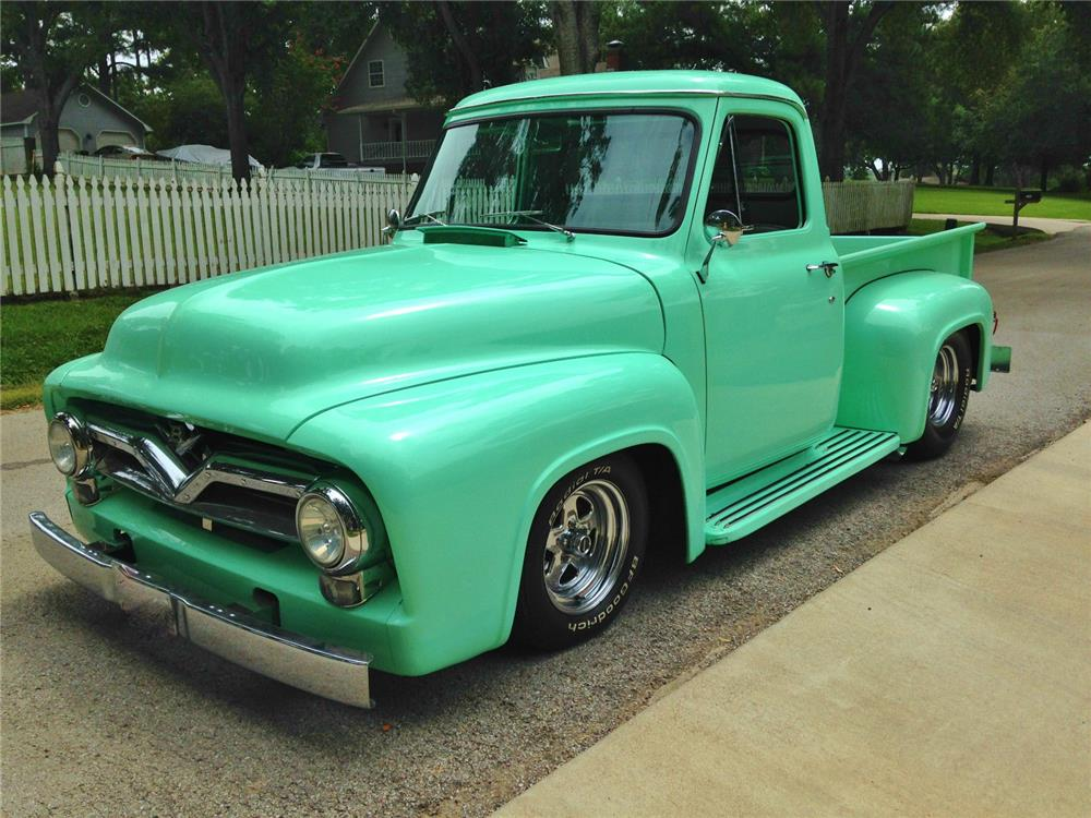 1955 FORD F-100 CUSTOM PICKUP - Front 3/4 - 181737