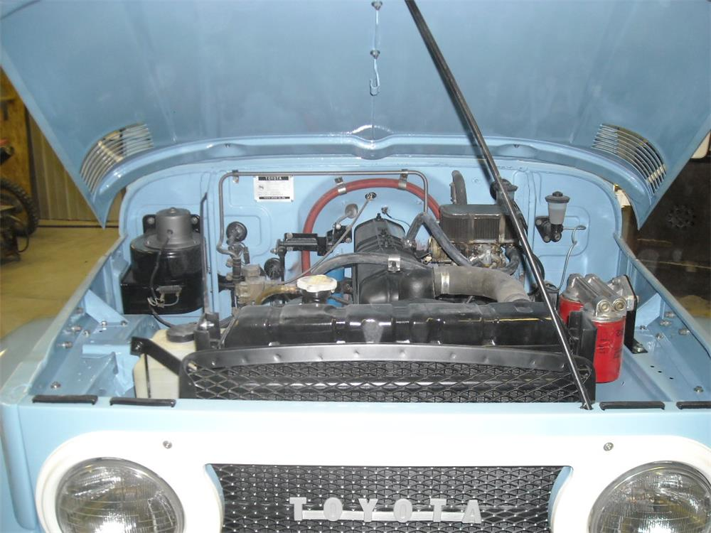 1966 TOYOTA LAND CRUISER FJ-40 SUV - Engine - 181745