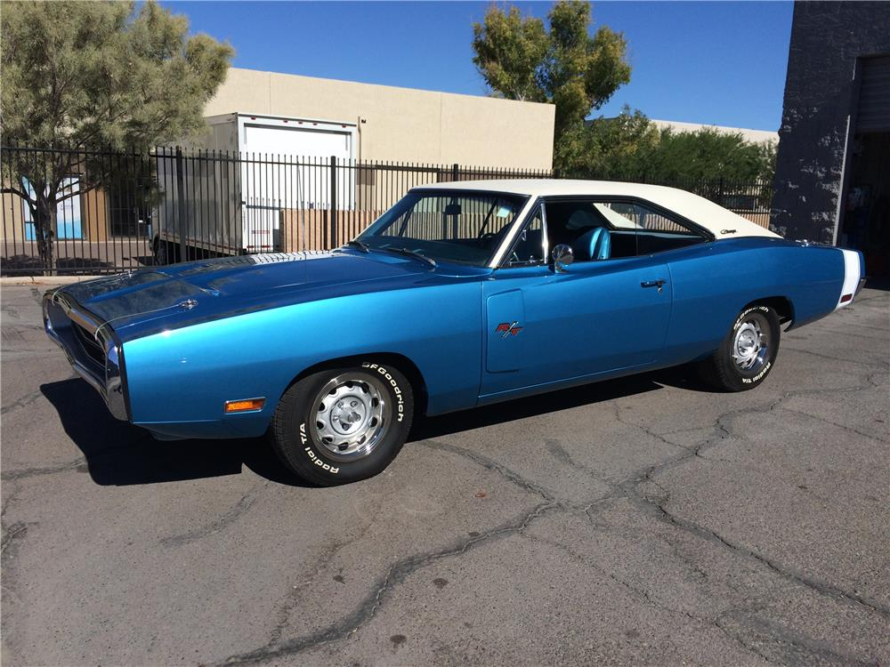 1970 DODGE CHARGER R/T - Front 3/4 - 181747