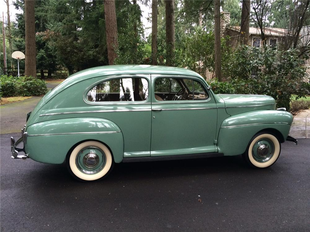1941 ford super deluxe 2 door sedan 181751 for Door 2 door cars