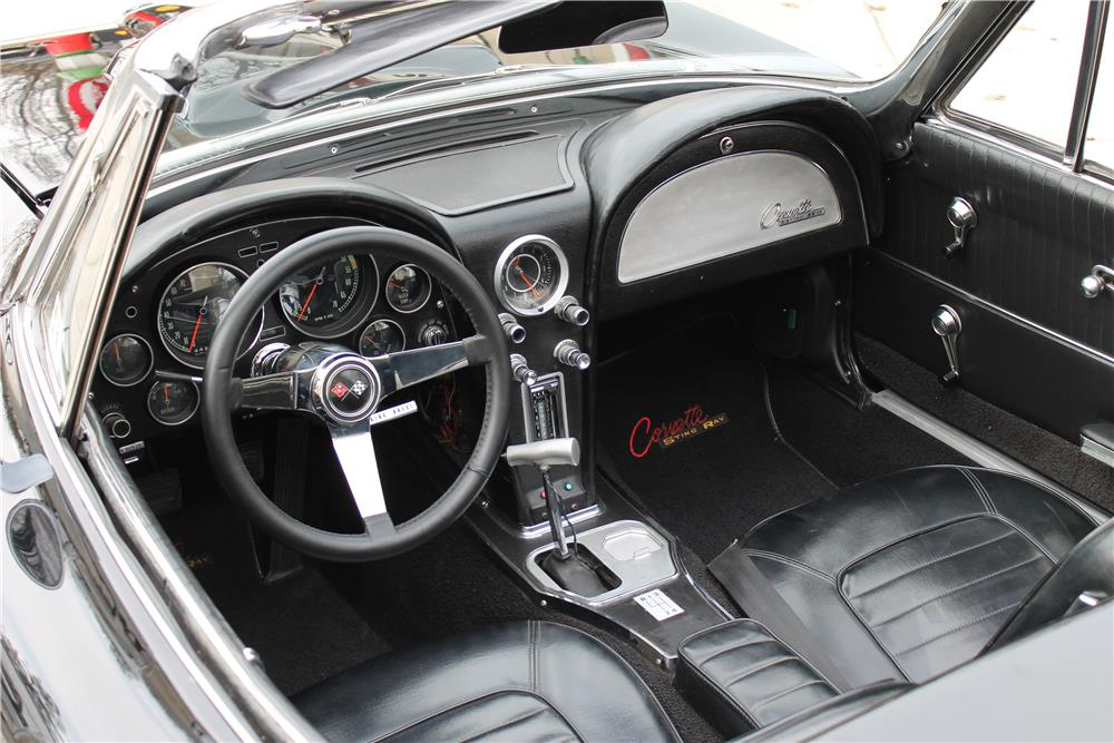 1964 CHEVROLET CORVETTE CUSTOM CONVERTIBLE - Interior - 181769