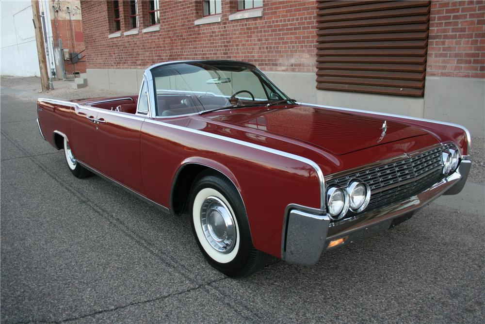 1962 LINCOLN CONTINENTAL 4 DOOR CONVERTIBLE - Front 3/4 - 181785