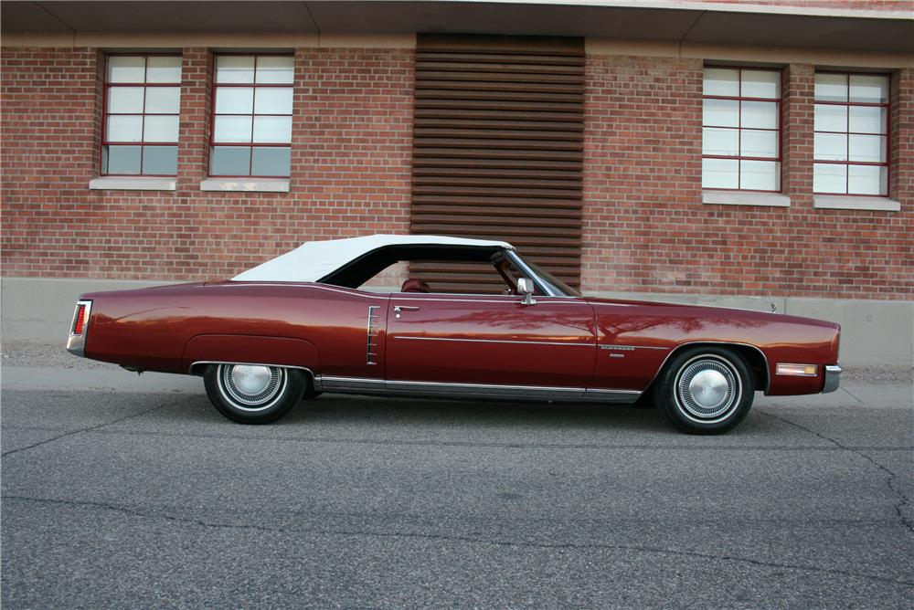 1971 CADILLAC ELDORADO CONVERTIBLE - Side Profile - 181788