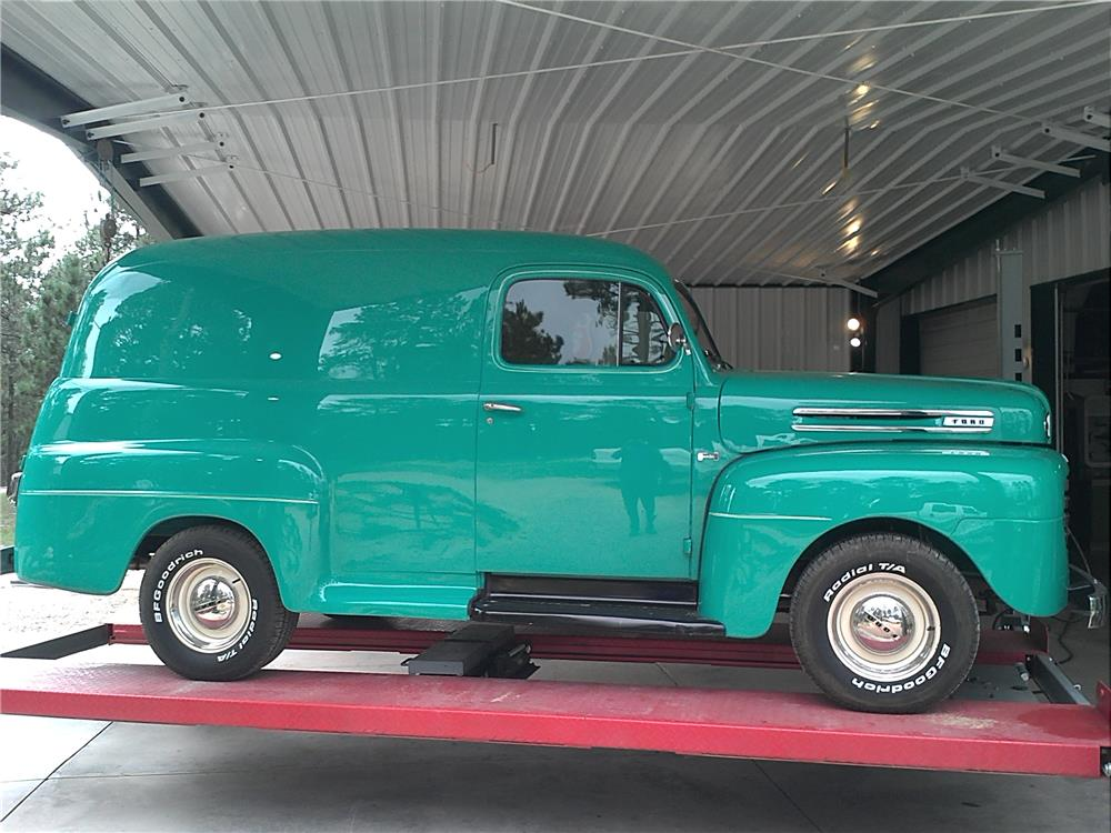 1948 FORD F-1 CUSTOM SEDAN DELIVERY - Side Profile - 181814