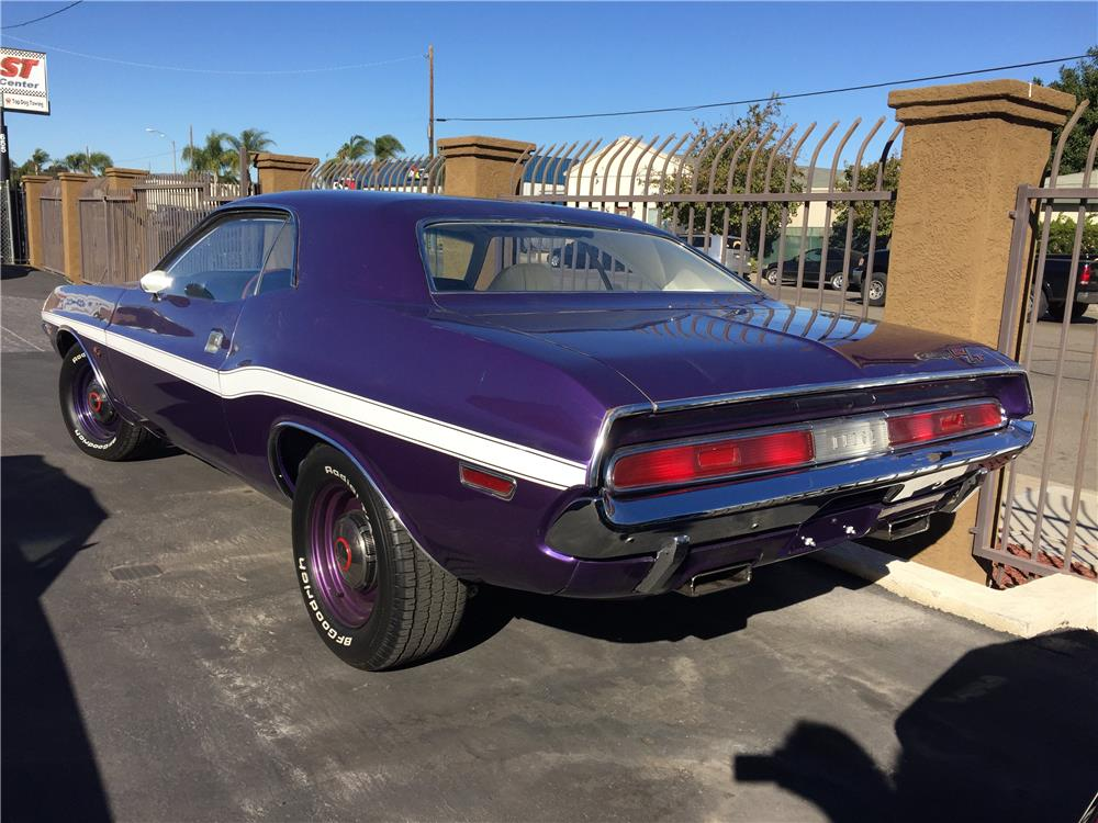 1970 DODGE CHALLENGER - Rear 3/4 - 181843