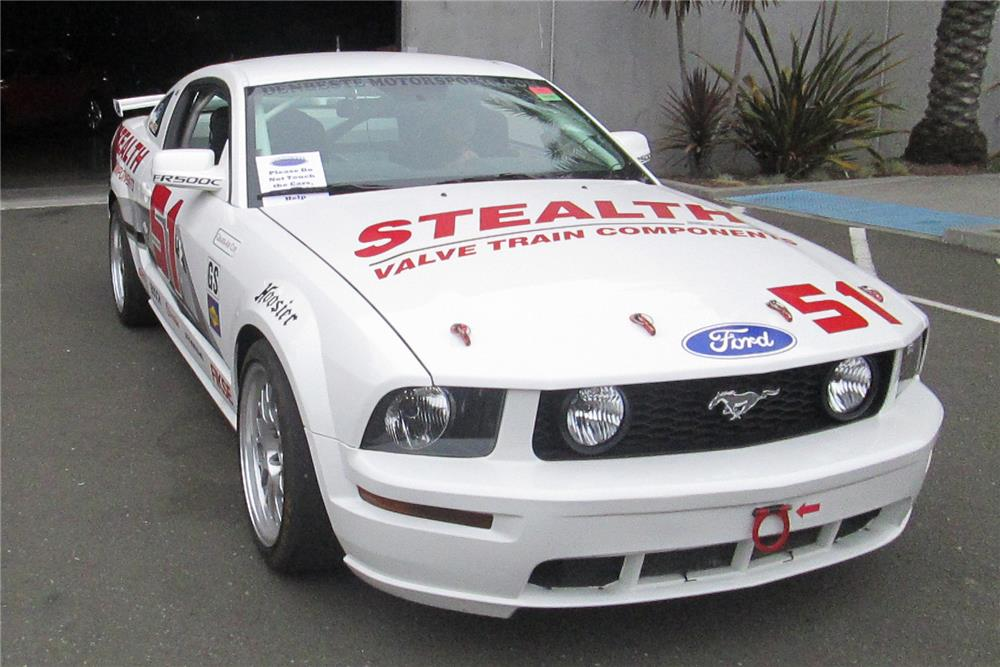 2005 FORD MUSTANG FR500C - Front 3/4 - 181872