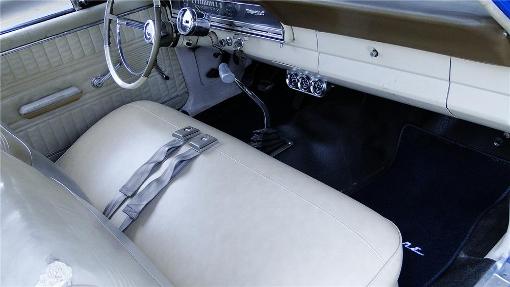 1966 FORD FAIRLANE CUSTOM - Interior - 181875