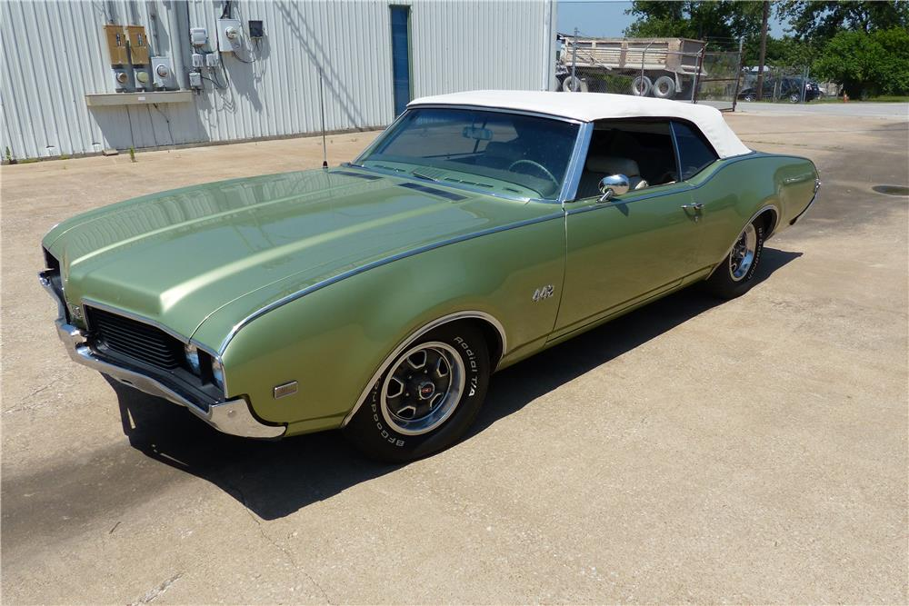 1969 OLDSMOBILE 442 CONVERTIBLE - Front 3/4 - 181880
