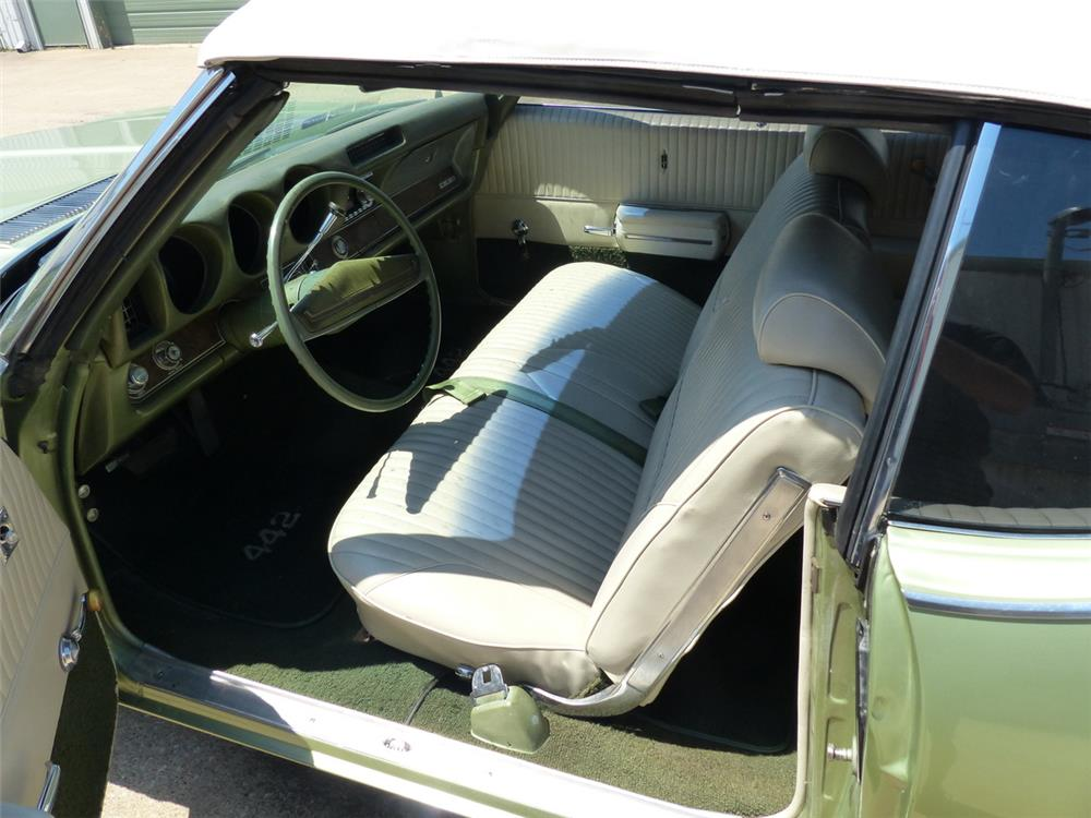 1969 OLDSMOBILE 442 CONVERTIBLE - Interior - 181880