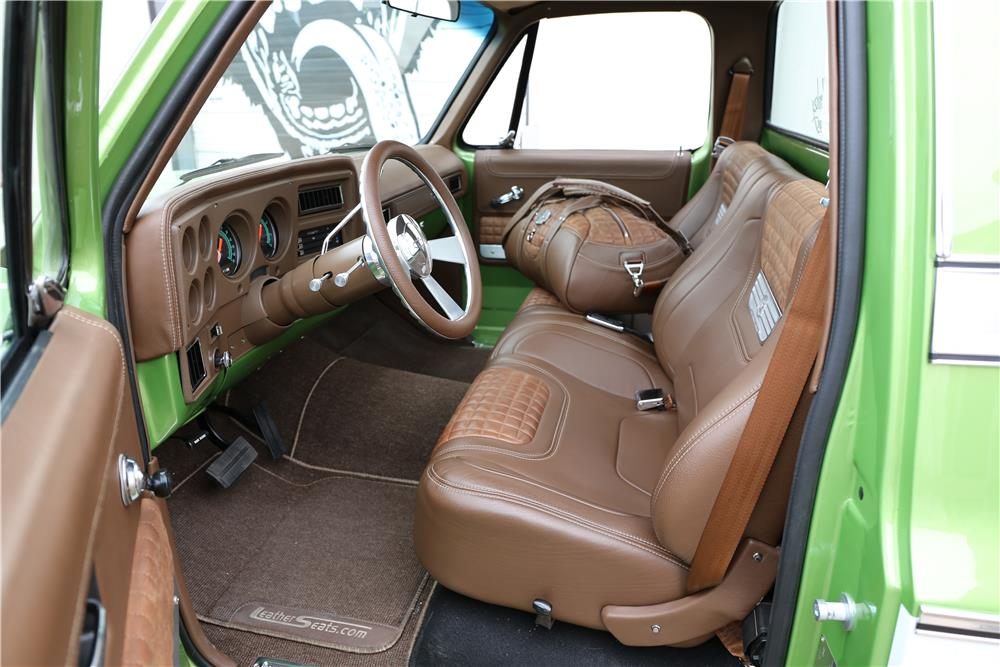 1976 CHEVROLET C-10 CUSTOM PICKUP - Interior - 182061
