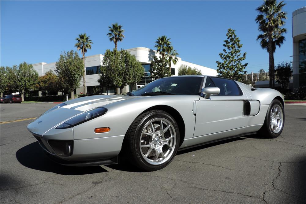 2005 FORD GT - Front 3/4 - 182069