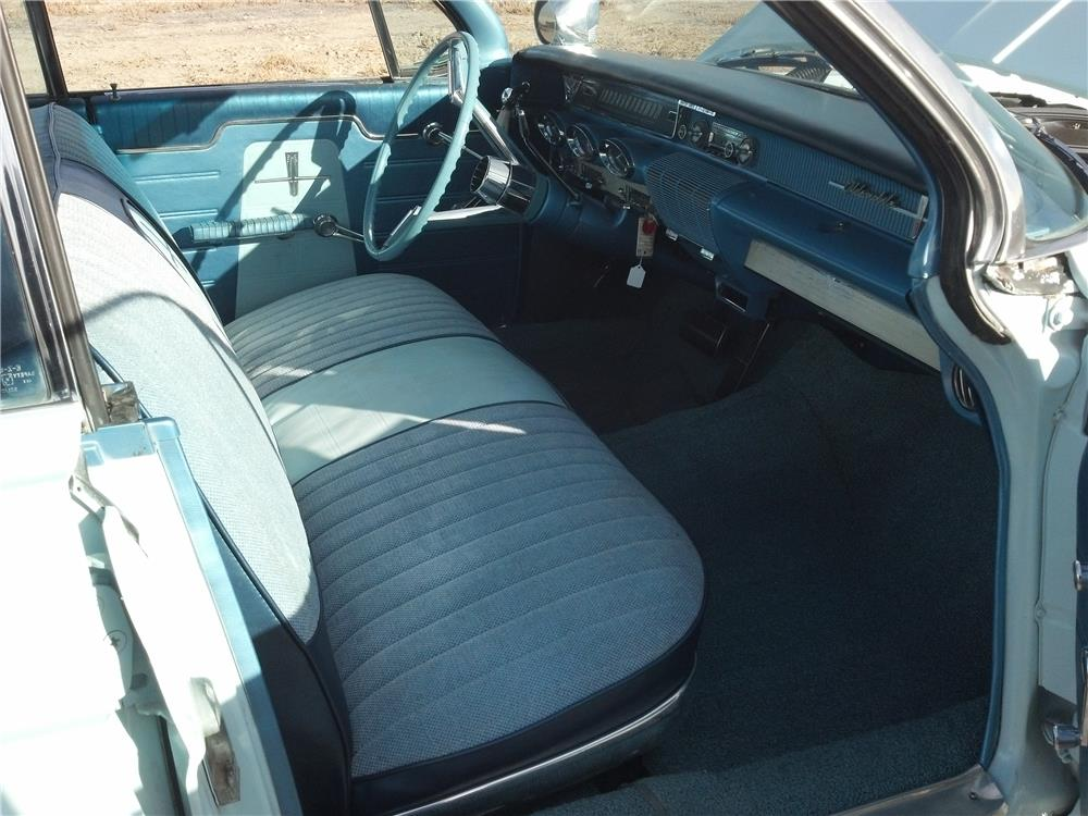 1961 OLDSMOBILE DYNAMIC 88 4 DOOR - Interior - 182119
