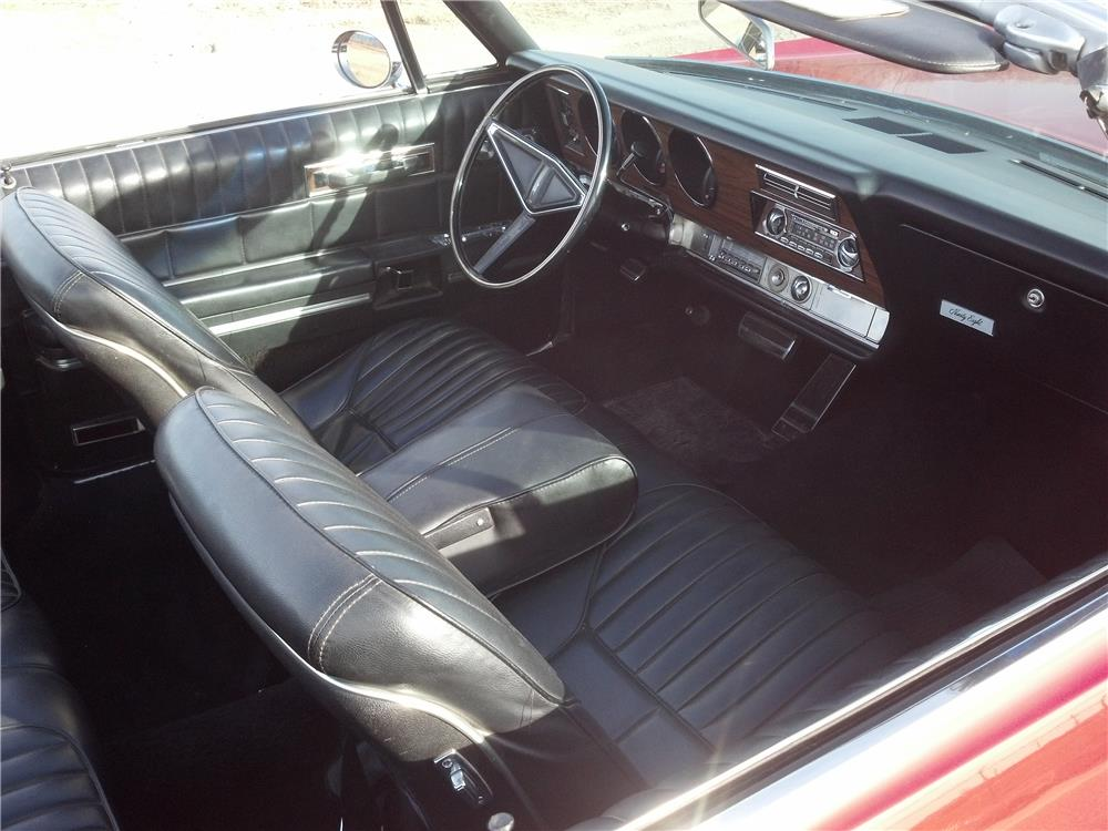 1968 OLDSMOBILE 98 CONVERTIBLE - Interior - 182120