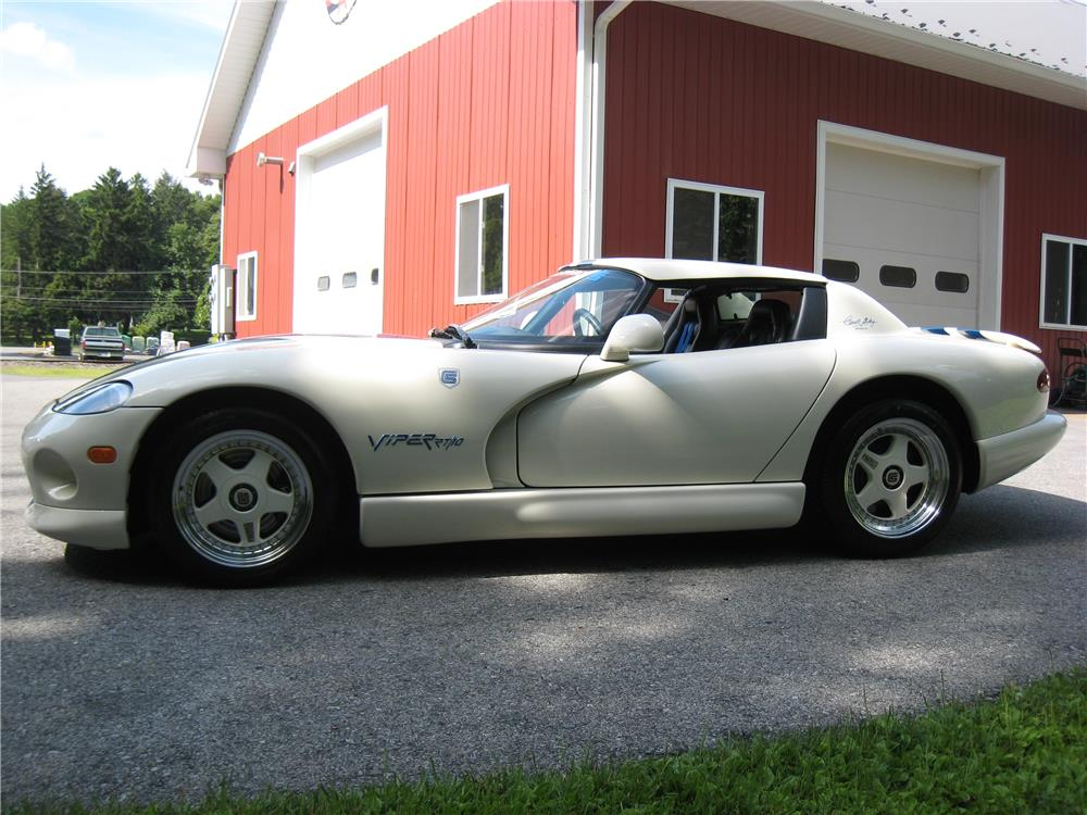 1996 DODGE VIPER RT/10 - Side Profile - 182128