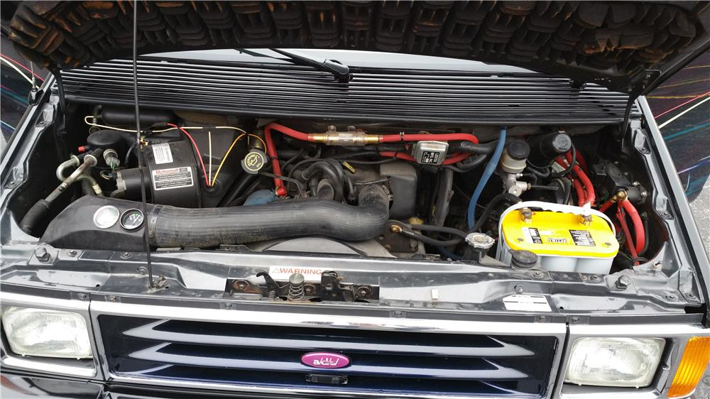 1989 FORD AERO STAR CUSTOM VAN - Engine - 182135
