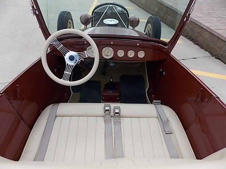 1924 FORD ROADSTER - Interior - 182140