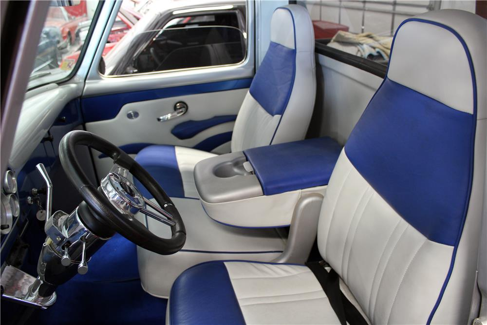 1953 FORD F-100 CUSTOM PICKUP - Interior - 182424